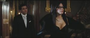 La Baronesa (Siena Miller) y su marido el Barón DeCobray (Gregory Fitoussi)
